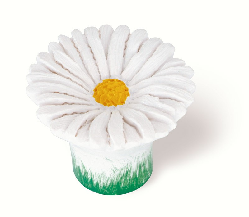 101-112 Siro Designs Flowers - 38mm Knob in White Daisy