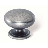 40-172 Siro Designs Lancaster - 33mm Knob in Antique Iron